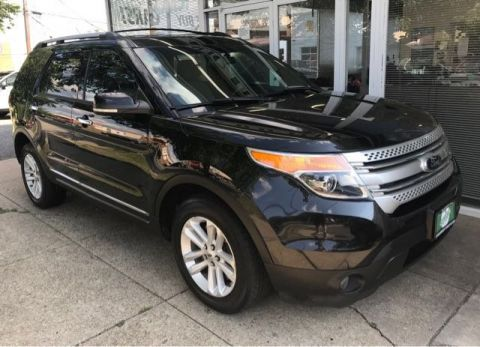 Pre-Owned 2014 Ford Explorer XLT 4WD