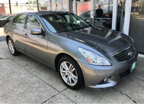 Pre-Owned 2011 INFINITI G25 Sedan x AWD