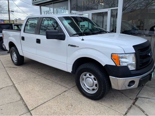 Pre-Owned 2013 Ford F-150 XL SuperCrew 5.5-ft. Bed 4WD