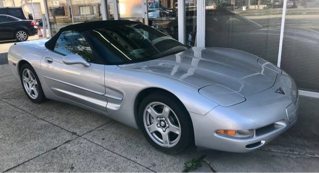 Pre-Owned 1998 Chevrolet Corvette Convertible