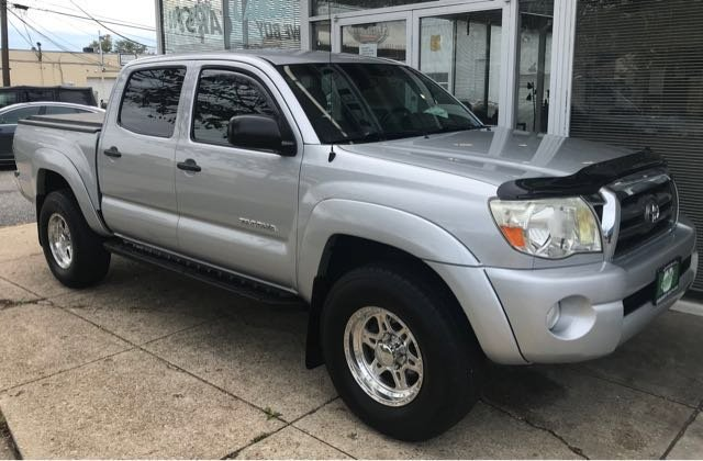 Pre Owned 2010 Toyota Tacoma Prerunner