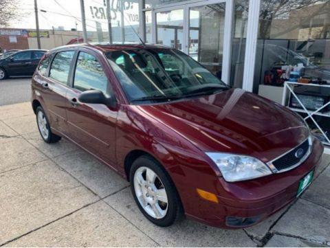 Pre-Owned 2007 Ford Focus ZX5 SES